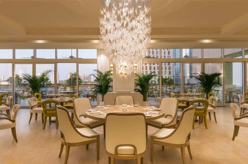 Rhodes W1, Grosvenor House Dubai - interiors including terrace